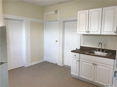 Huntington Sta NY Rental For Rent: $1,400