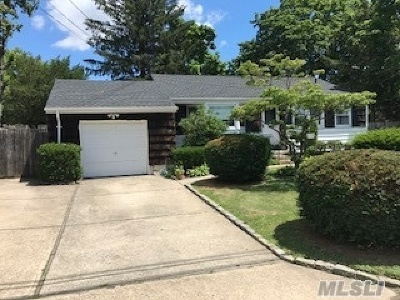 Brentwood Single Family Home For Sale: 115 Claywood Dr