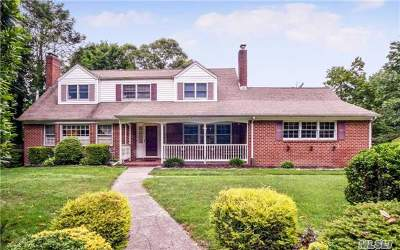 Centerport Single Family Home For Sale: 86 Little Neck Rd