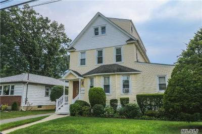 Lynbrook Multi Family Home For Sale: 38 Wood St