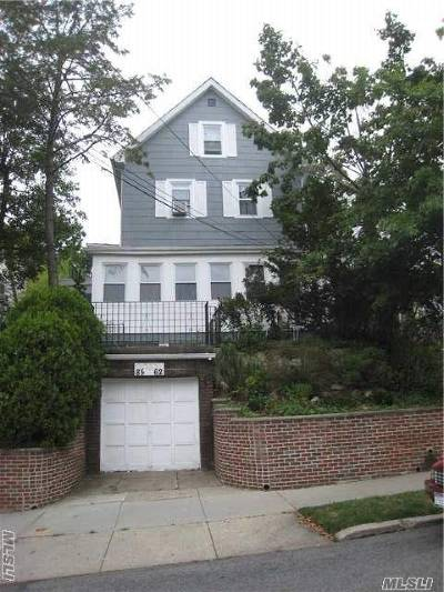 Briarwood Single Family Home For Sale: 85-62 148 St