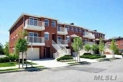 Queens County Condo/Townhouse For Sale: 3-08 Weatherly Pl #2Fl