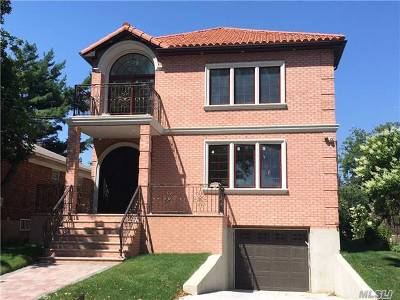 Fresh Meadows Single Family Home For Sale: 70-12 170th St