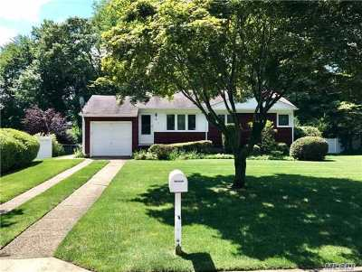Smithtown Single Family Home For Sale: 8 Gedney Ave