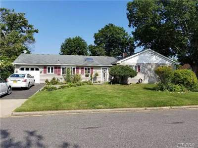 S. Setauket Single Family Home For Sale: 43 Cayuga Ave