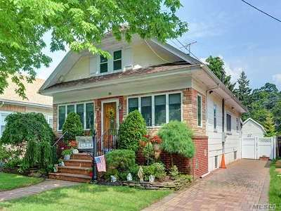 Single Family Home For Sale: 80 Bedford Ave