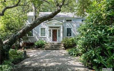 Port Jefferson Single Family Home For Sale: 215 Thompson St
