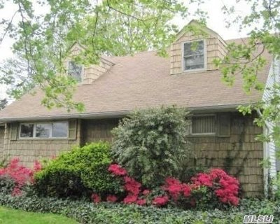Woodmere Single Family Home For Sale: 834 Peninsula Blvd