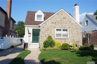 Fresh Meadows Single Family Home For Sale: 73-51 193rd St