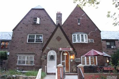 Jackson Heights Multi Family Home For Sale: 33-22 70th St