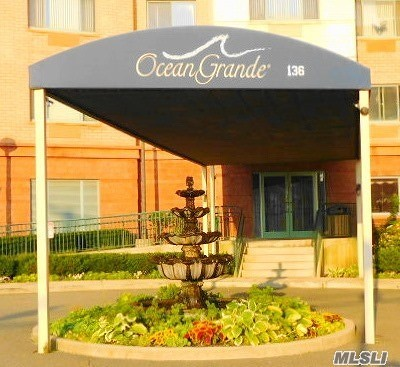 Rockaway Park Condo/Townhouse For Sale: 136 Beach 117th St #312