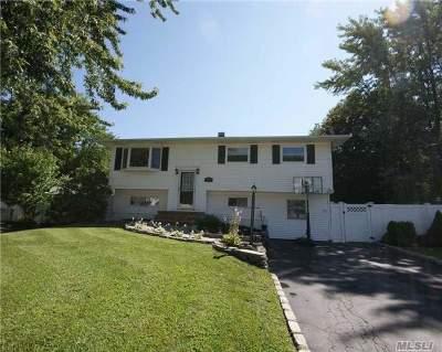 S. Setauket Single Family Home For Sale: 39 Bellwood Ave