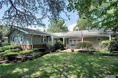 Hauppauge NY Single Family Home For Sale: $549,000