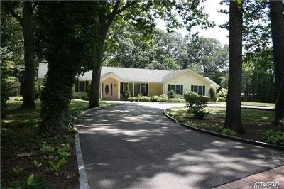 Huntington Single Family Home For Sale: 128 Flower Hill Rd