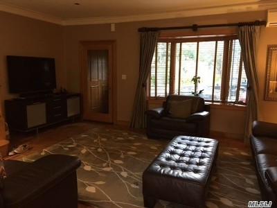 Middle Village Single Family Home For Sale: 64-78 82nd Pl