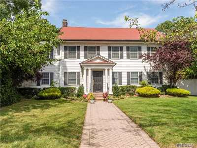Cedarhurst Single Family Home For Sale: 226 Oakwood Ave