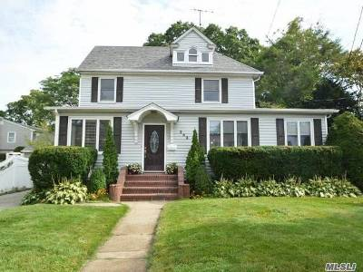 Rockville Centre Single Family Home For Sale: 243 Lakeview Ave
