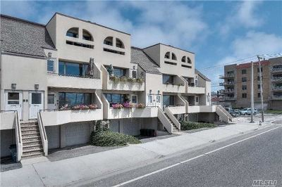 Lido Beach, Long Beach Condo/Townhouse For Sale: 75 E Broadway #3A