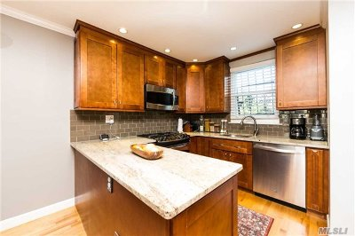 Brooklyn Single Family Home For Sale: 504 Junius St