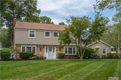Stony Brook Single Family Home For Sale: 3 Sycamore Dr