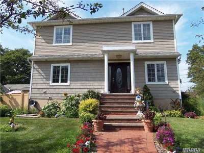 Single Family Home For Sale: 80 Central Blvd