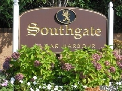 Massapequa Park Rental For Rent: 170 Southgate Cir