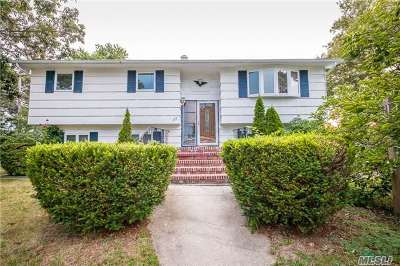 W. Babylon Single Family Home For Sale: 121 Burgess Ave