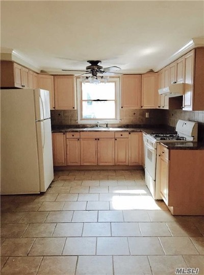Smithtown Rental For Rent: 206 Brooksite Dr