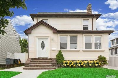 Cedarhurst Single Family Home For Sale: 545 Oxford Rd