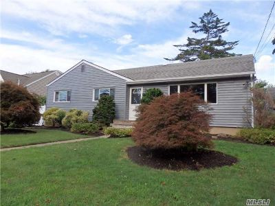 Oceanside Single Family Home For Sale: 3105 Ralph Ave