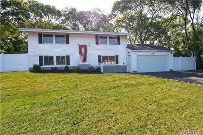 Setauket Single Family Home For Sale: 8 Arrowhead Ln