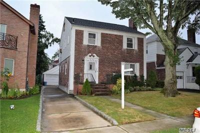Jamaica Estates Single Family Home For Sale: 81-23 189th St