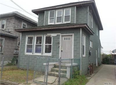 Far Rockaway NY Single Family Home For Sale: $245,000