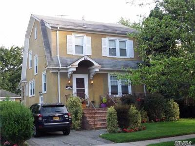 Woodmere Single Family Home For Sale: 1047 Roselle Pl