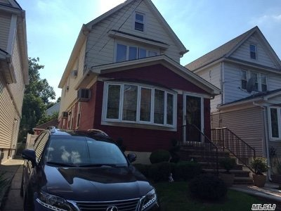 Middle Village Single Family Home For Sale: 62-38 84th St
