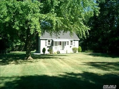 Port Jefferson Single Family Home For Sale: 120 Roe Ln