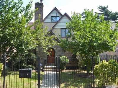 Jamaica Estates Single Family Home For Sale: 85-07 Chevy Chase St