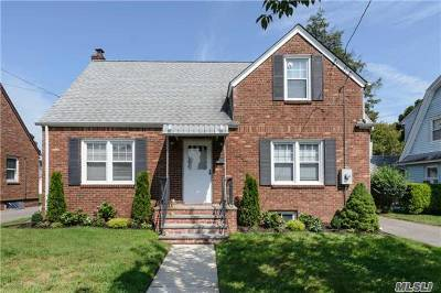 Nassau County Single Family Home For Sale: 314 S 9th St