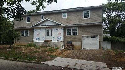 Bellmore Single Family Home For Sale: 2871 Royle St