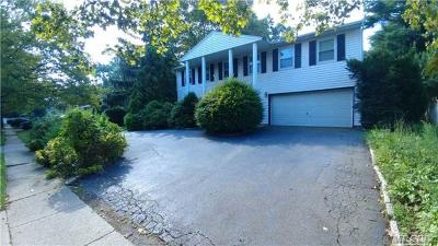Nassau County Single Family Home For Sale: 402 S Marginal Rd