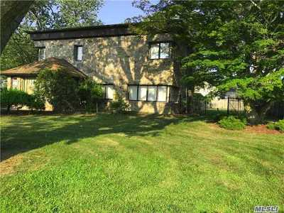 Suffolk County Single Family Home For Sale: 28 Riverside