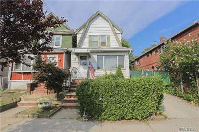 Fresh Meadows Single Family Home For Sale: 76-08 164th St