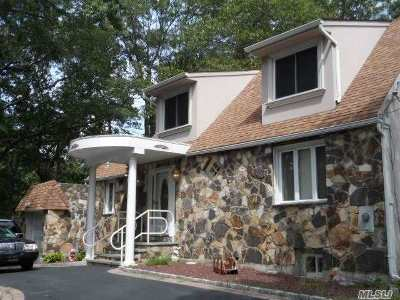 Ronkonkoma Single Family Home For Sale: 4201 N Express Dr