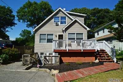 Sound Beach Single Family Home For Sale: 171 Lower Rocky Poin Rd