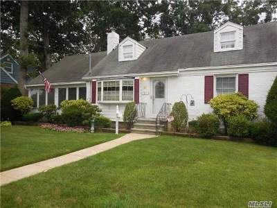 Single Family Home For Sale: 8 2nd Ave