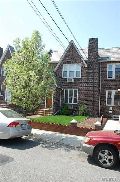 Middle Village Single Family Home For Sale: 62-52 83rd St