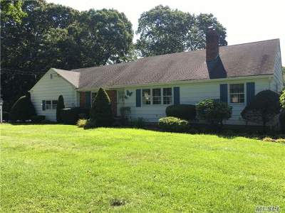 Stony Brook Single Family Home For Sale: 14 Hawkins Rd