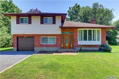 Jericho Single Family Home For Sale: 622 Parkside Dr