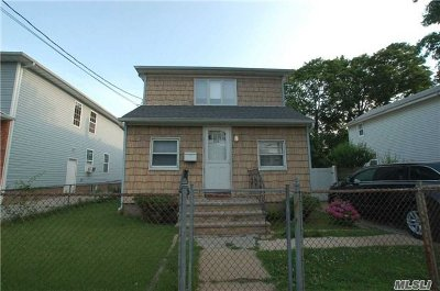 W. Hempstead Single Family Home For Sale: 536 Washington Ave