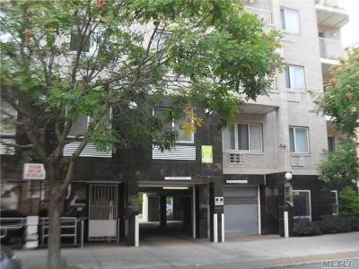 Flushing Condo/Townhouse For Sale: 38-22 147th St #5A
